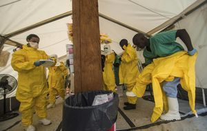 El brote del ébola ya ha duplicado las muertes de la epidemia de 1975