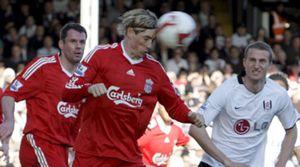 Benayoun pone al Liverpool líder de la Premier