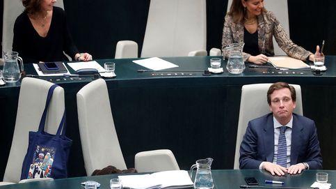 Almeida aprueba sus Presupuestos con la abstención de Vox y una izquierda ausente