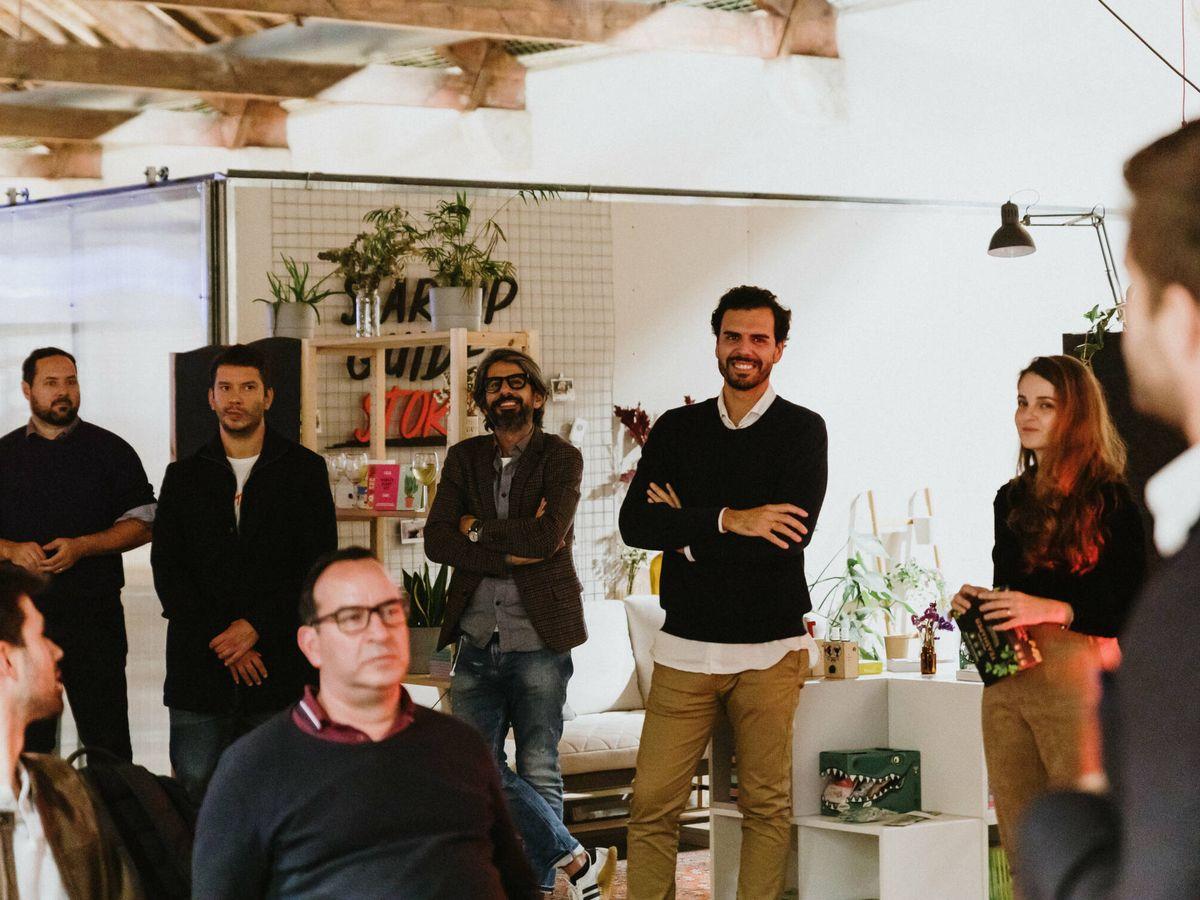 Foto: Miembros del equipo de Think Bigger Capital y Demium.