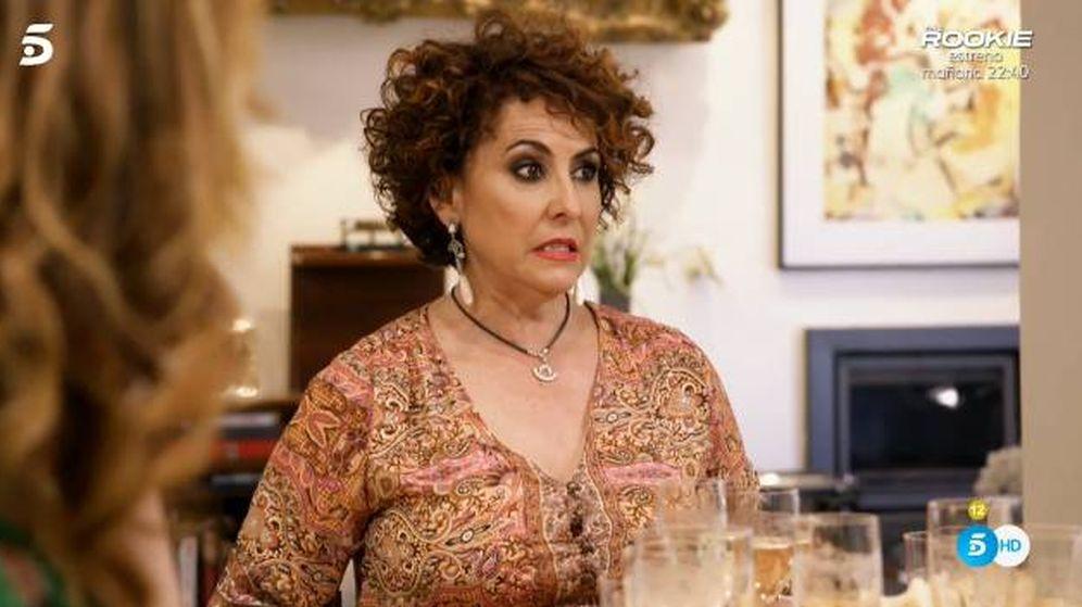 Foto: Irma Soriano, anfitriona en 'Ven a cenar conmigo'. (Telecinco)
