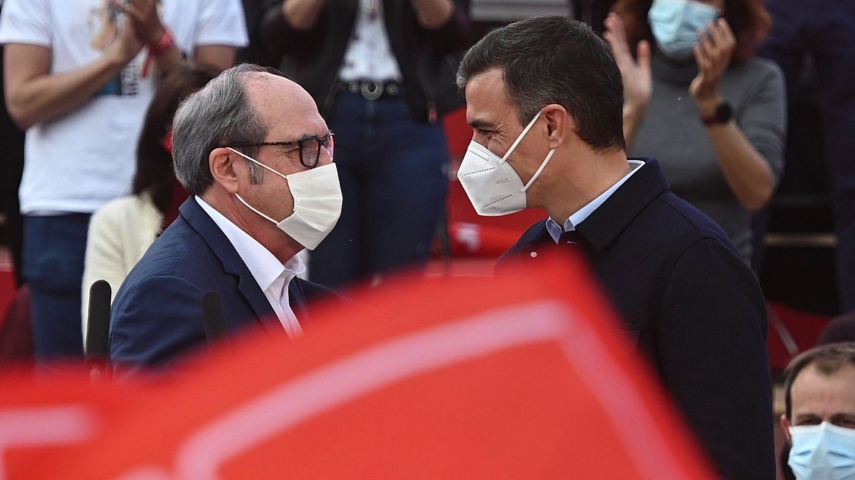 Ángel Gabilondo y Pedro Sánchez. (EFE)