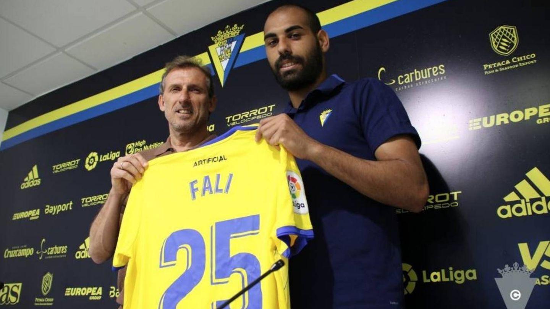 Rafael Giménez Jarque, 'Fali', el día de su presentación como jugador del Cádiz. (EFE)