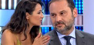 Post de Lorena García ('EP') incomoda a Ábalos por una pregunta sobre Sánchez