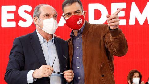 El diseño y los giros de campaña siembran dudas y malestar en el PSOE