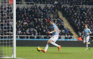 El Manchester City recupera el liderato y Negredo sigue imparable