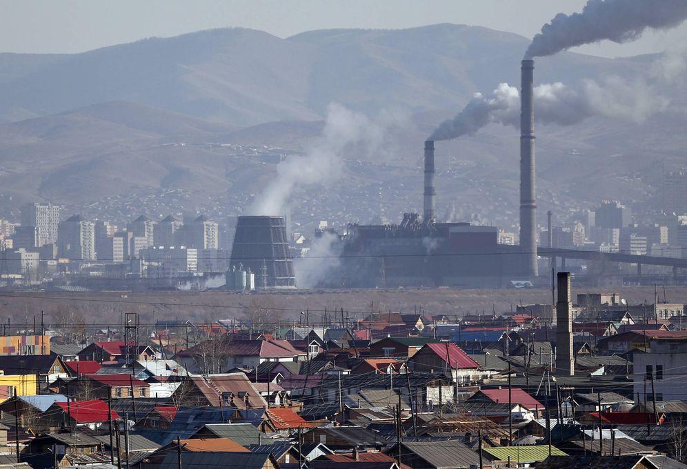 Foto: Plantas de carbón en la capital de Mongolia, Ulán Bator. (Reuters)