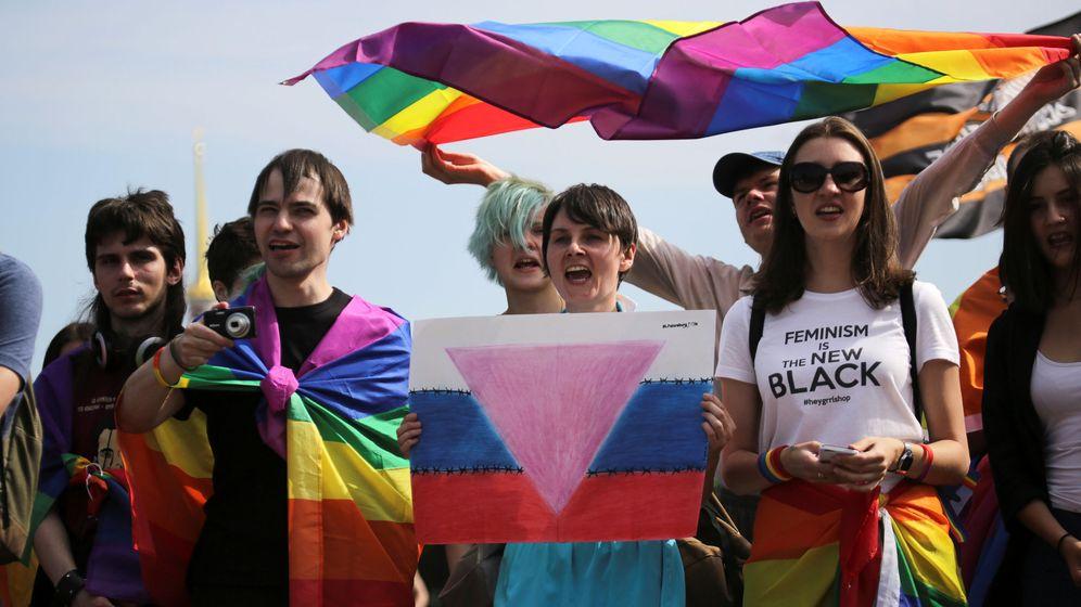 Foto: La homosexualidad no está prohibida en Rusia, pero una ley de 2013 sí persigue su muestra en público. (Reuters)