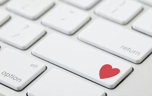 ¿Qué buscan los españoles cuando ligan por internet? Sexo, por supuesto