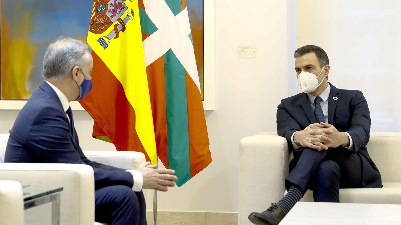 El Gobierno cierra con Euskadi el traspaso de Prisiones y otras tres competencias