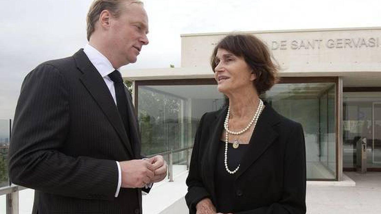 María Teresa de Borbón, junto a su sobrino Carlos Javier. (EFE)