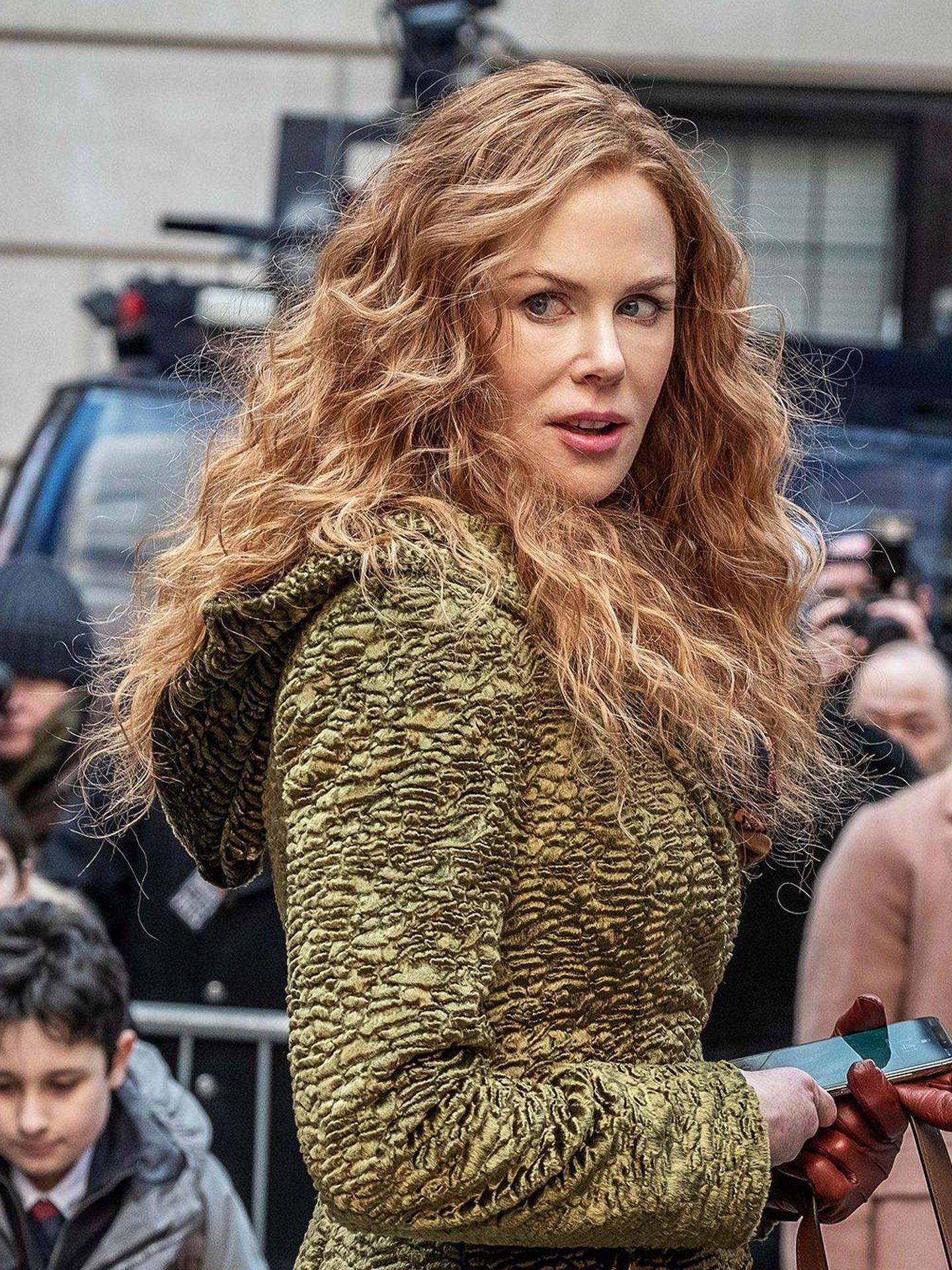 La melena de Nicole Kidman, al natural y rizada en 'The Undoing'. (Cortesía)