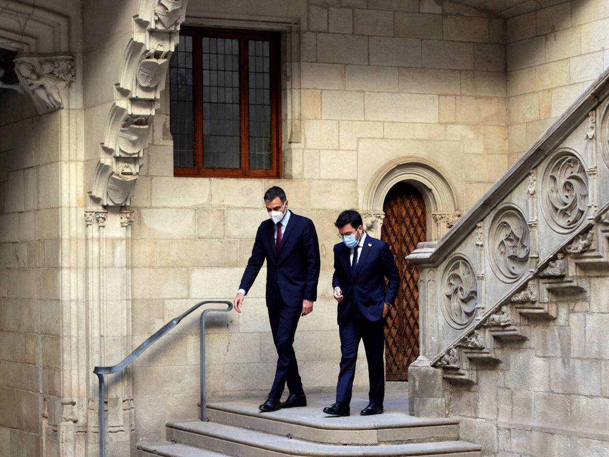Foto: Pedro Sánchez y Pere Aragonès en el Palau de la Generalitat en septiembre. (EFE)