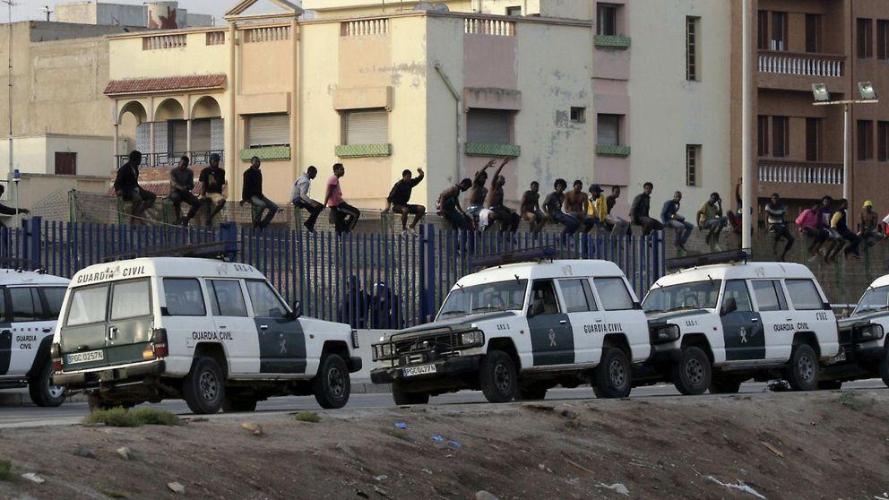 Imputan al jefe de la Guardia Civil de Melilla por expulsar inmigrantes