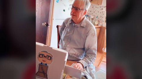 Un repartidor de pizza, obligado a trabajar con 89 años, recibe 10.000 euros de propina