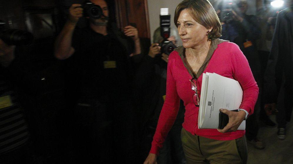 Foto: La presidenta del Parlament, Carme Forcadell, este martes antes de la reunión con la Junta de Portavoces. (Efe)