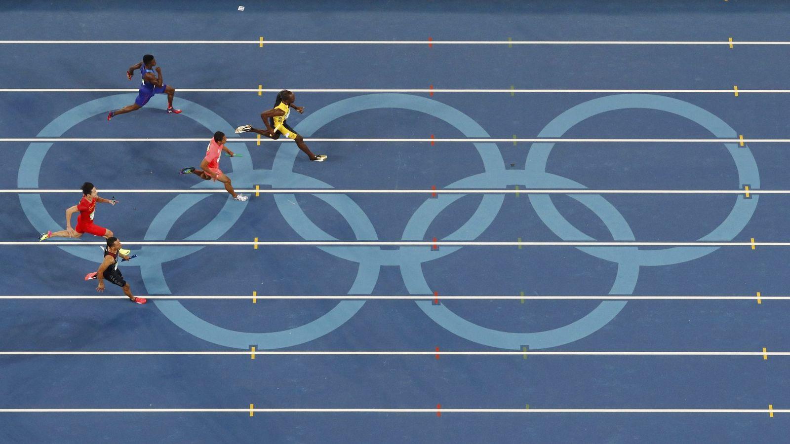 Foto: Bolt volvió a ser la cara del olimpismo con tres oros. (EFE)