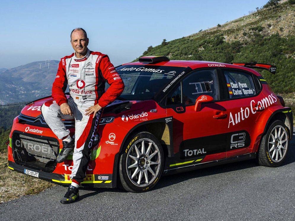 Foto: Jesús Puras, el piloto con más triunfos en la historia de los rallies españoles, se ha puesto de nuevo el mono.