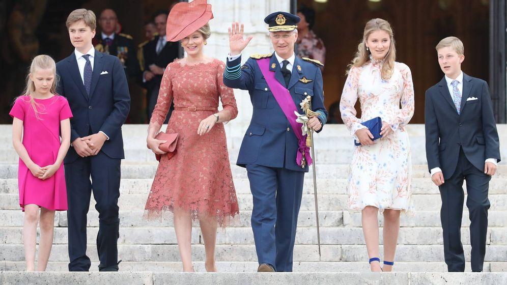Foto: Matilde y Felipe de Bélgica con sus cuatro hijos. (Cordon Press)
