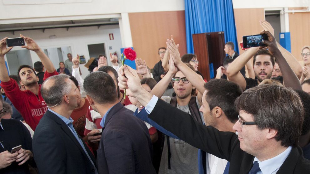 Todos los miembros del Govern han conseguido votar en el referéndum