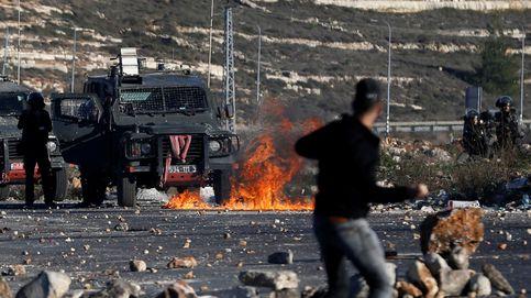 Dos muertos y cientos de heridos en las protestas del Viernes de la Ira en Gaza