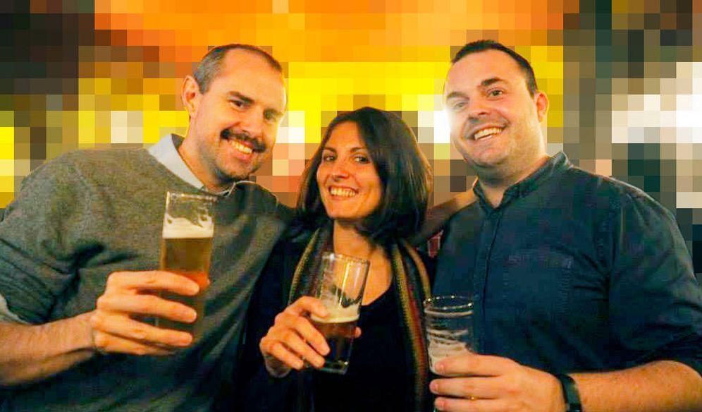 Foto: De izquierda a derecha: Marcelo Soria, Giovanna Miritello y Dani Villatoro. Fundadores de Databeers (Foto cedida)