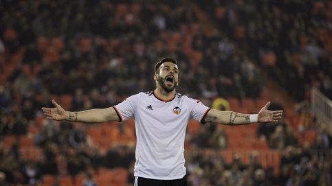 La difícil situación de un Negredo con un futuro incierto en el Valencia