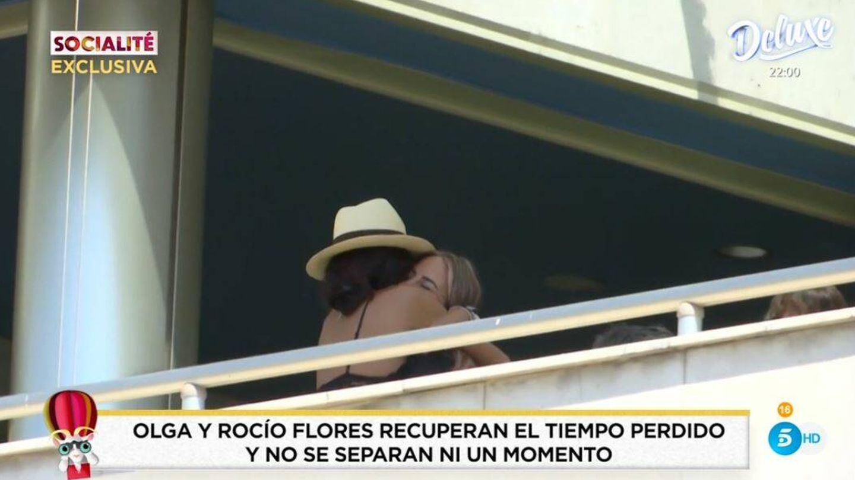 Olga Moreno y Rocío Flores, captadas por 'Socialité'. (Mediaset España)