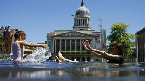 Ola de calor en Europa: piscinas, playas y divertidos sistemas para refrescarse