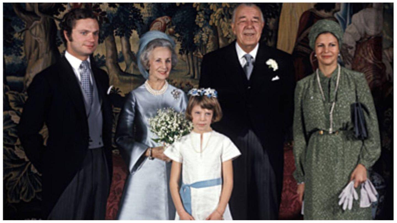Los príncipes Bertil y Lilian May Davies, en su boda junto a los actuales reyes. (Casa Real de Suecia / Jan Collsiöö, Scanpix)