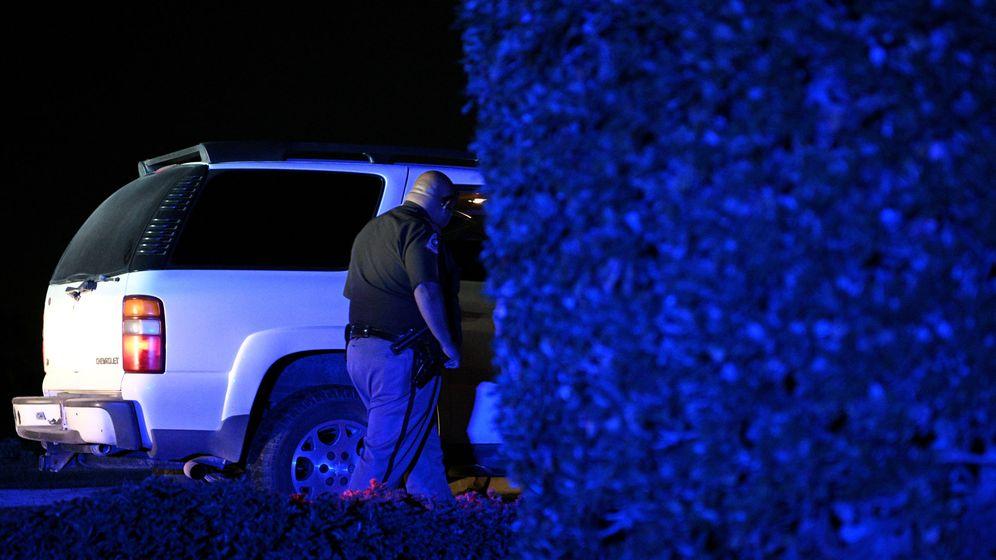 Foto: Un agente del departamento de policía de servicio en Texas. (Foto: REUTERS Loren Elliott)