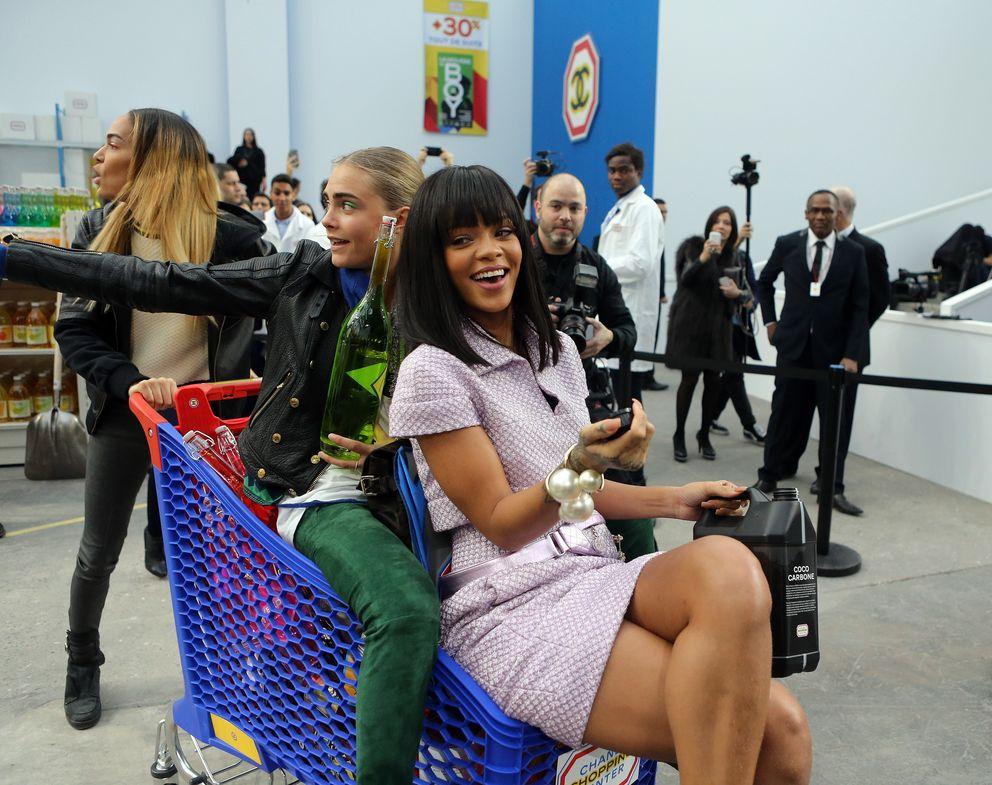 Rihanna en el desfile de Chanel