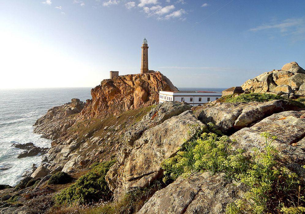 Foto: El faro del cabo Vilán, uno de los de mayor alcance de nuestra geografía. (Foto: Turismo Galicia)