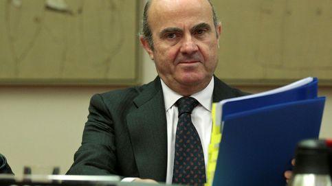 Guindos: Aznar tiene todo el derecho del mundo a denunciar y yo lo entiendo