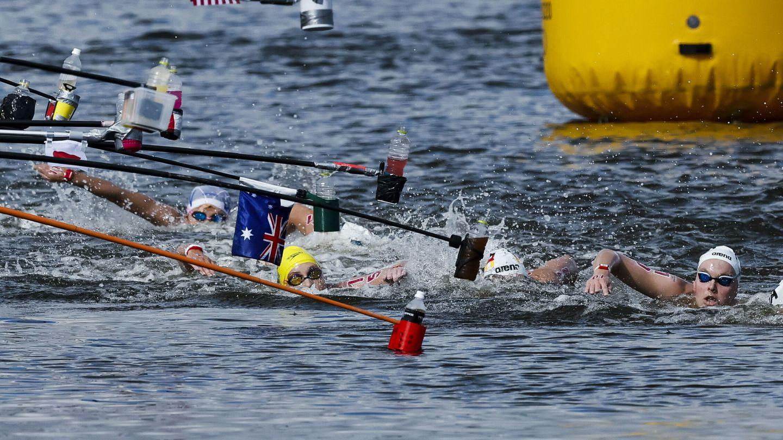 Imagen de la prueba de 10 kilómetros en aguas abiertas. (Reuters)