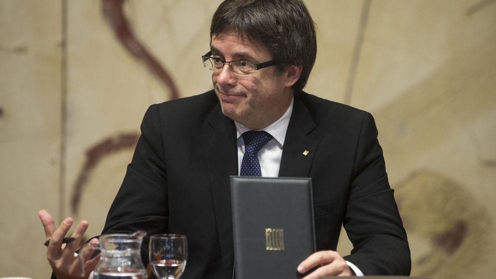 El Constitucional suspende la consulta soberanista catalana prevista para 2017