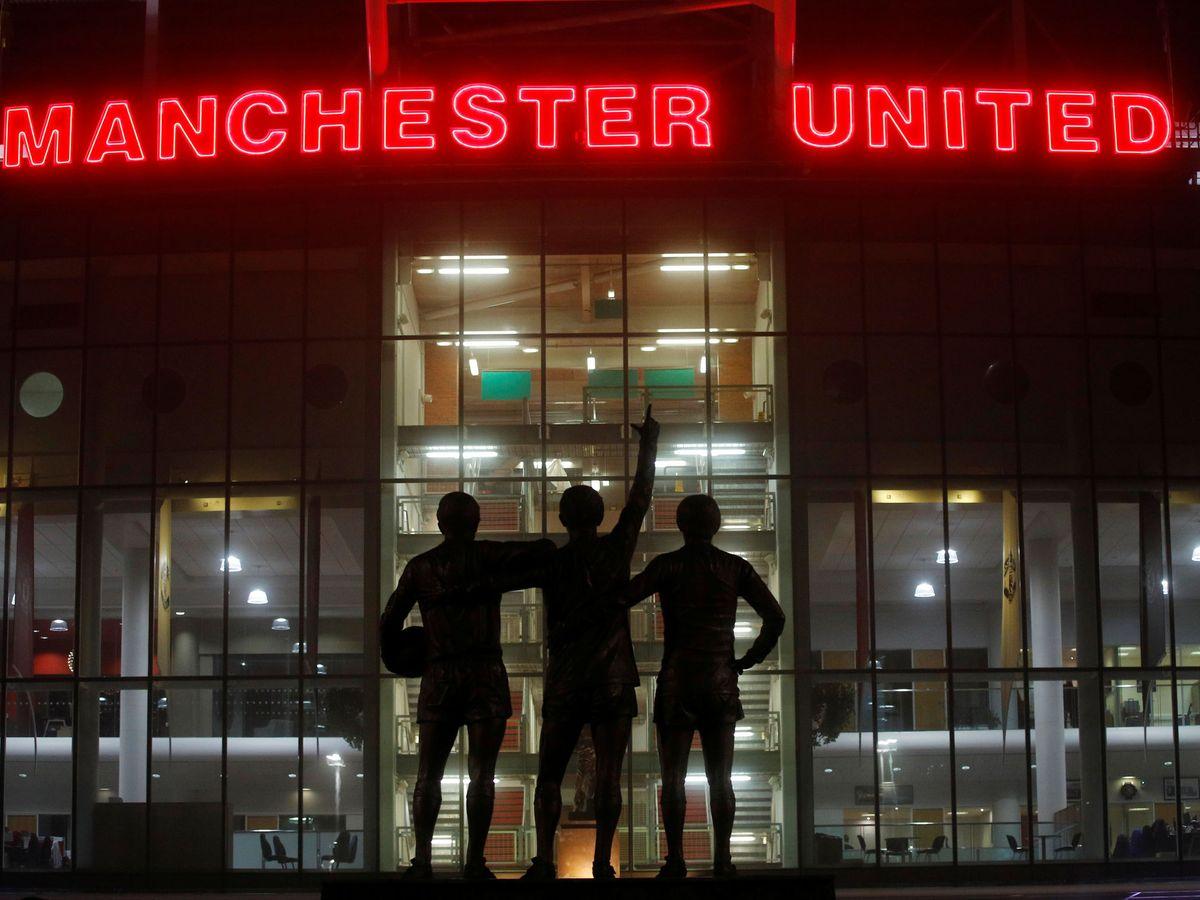Foto: Old Trafford, el estadio del Manchester United conocido como el Teatro de los Sueños, es protagonista en una de las series de Amazon Prime Video (Reuters/Phil Noble)