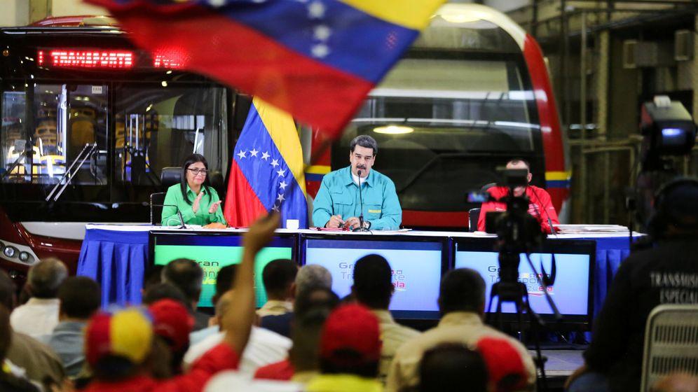 Foto: El presidente Nicolás Maduro habla durante un encuentro con representantes del sector del transporte en Caracas, el 5 de febrero de 2019. (Reuters)