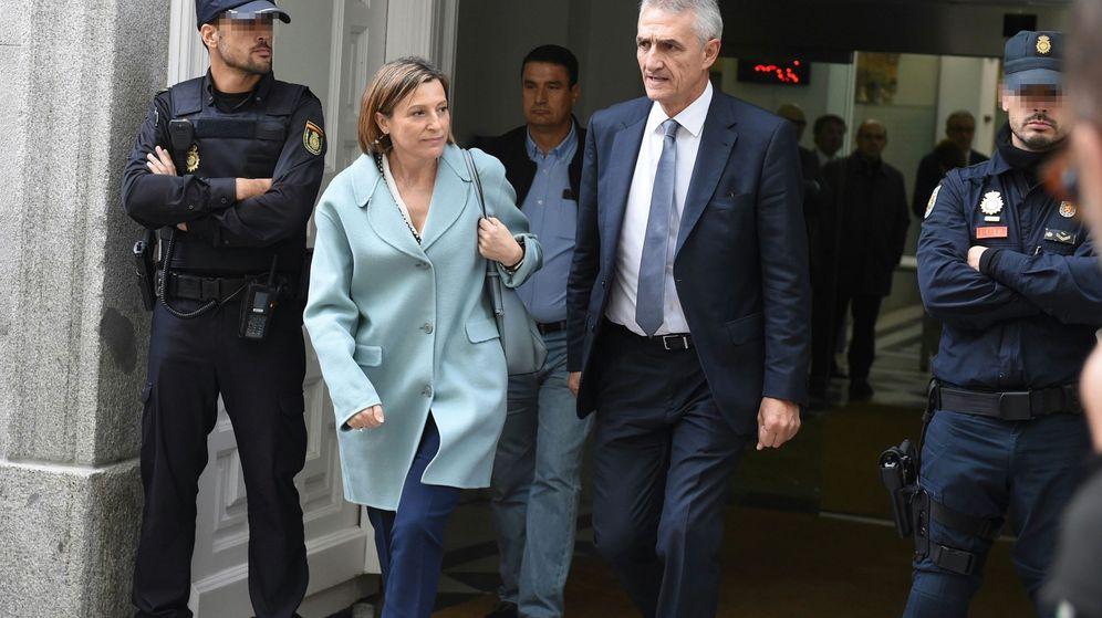 Foto: Forcadell abandona el Supremo tras el aplazamiento de su declaración. (EFE)