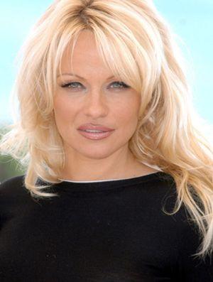 """Pamela Anderson solicita la anulación de su último matrimonio por """"fraude"""""""