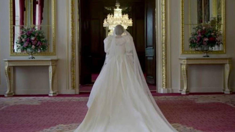 Emma Corrin, como Diana de Gales en 'The Crown'. (Netflix)