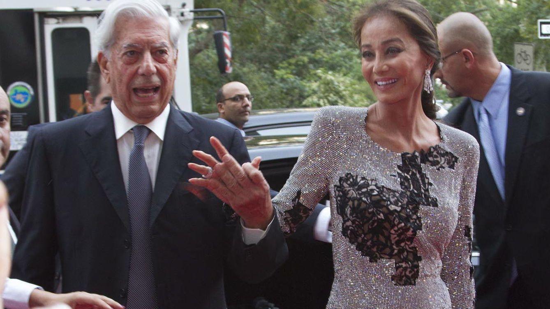 Foto: Isabel Preysler y Mario Vargas Llosa en la fiesta de Porcelanosa en Nueva York (Gtres)