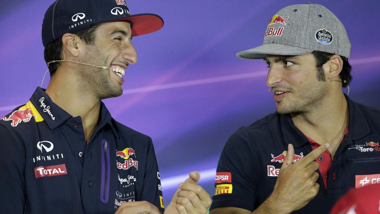 Foto: Ricciardo y Sainz, ninguno de los dos seguirá en la órbita de Red Bull. (Reuters)