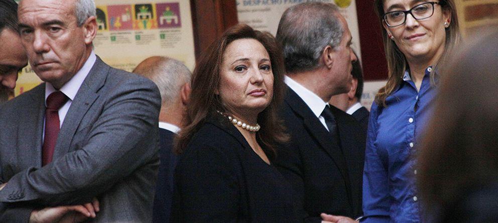 Foto: Marta Álvarez Guil, hija de Isidoro Álvarez, durante su funeral en Madrid (Fotografía: Enrique Villarino)