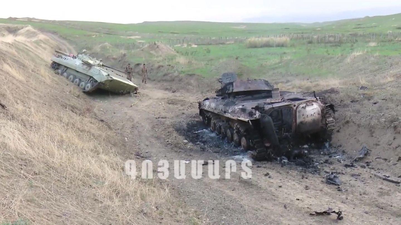 Captura de un vídeo publicado por el autodenominado Ejército de Defensa de Nagorno Karabaj (NKR), sobre los enfrentamientos en la zona (EFE)