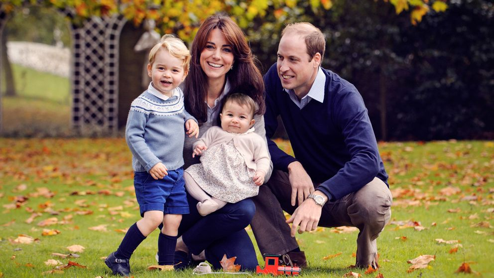 El familiar 'christmas' de los duques de Cambridge con George y Charlotte