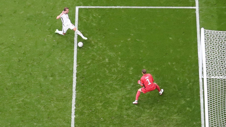 Neuer fue el mejor jugador alemán en el primer tiempo. (Reuters)