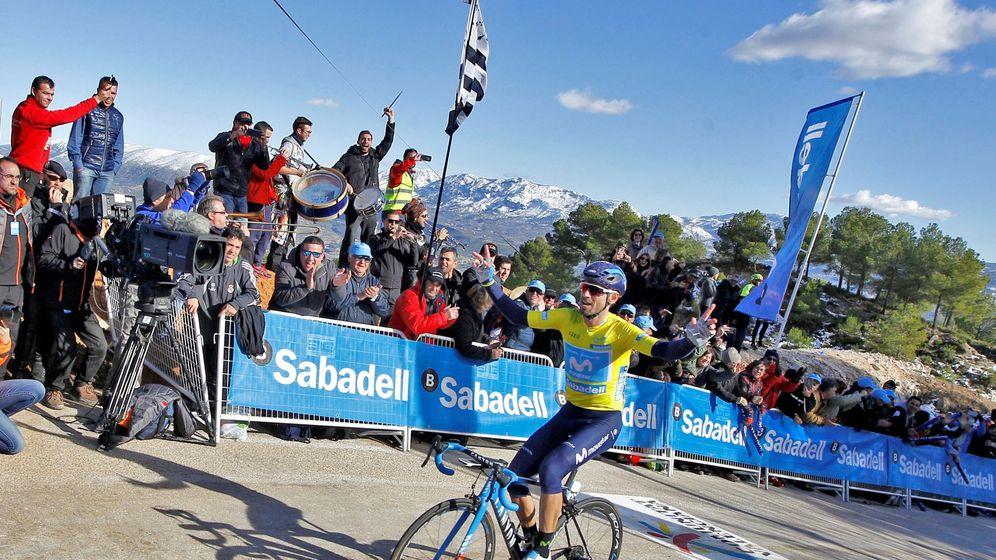 Foto: Valverde entra victorioso en Cocentaina. (EFE)