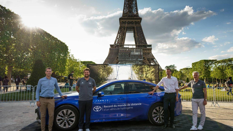 Hace unos meses, una unidad de serie del Toyota Mirai recorrió en Francia 1.003 kilómetros por carretera, nuevo récord para un coche de pila de hidrógeno.