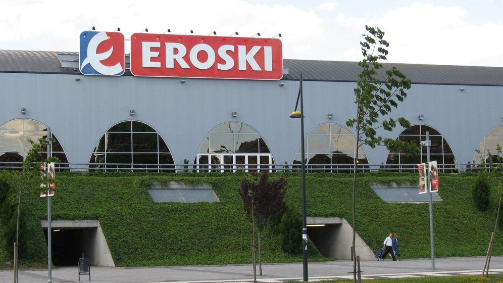 Foto: Centro Comercial Eroski en Vitoria. (Yrithinnd, Wikimedia)